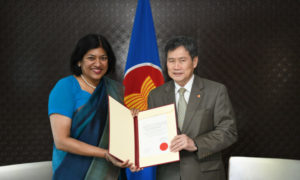 Ambassador Yasoja Gunasekera Presents Letter of Credence to Secretary General of ASEAN H.E Dato Lim Jock Hoi