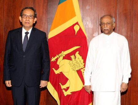 Foreign Minister Underscores the Importance of the Economic Partnership with Indonesia